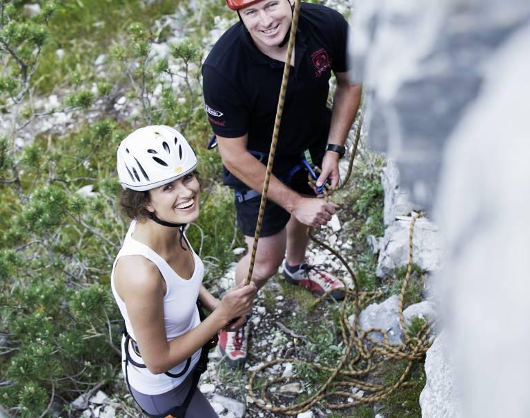 Innsbruck Kletterausrüstung Verleih : Wander bergsportausrüster bikeverleih intersport sturm lofer